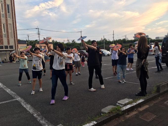 大蛇山の踊りの練習風景